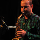 Jazz saxophonist student Musikene, all levels, mobility and flexibilidad.Euskadi, economic and as