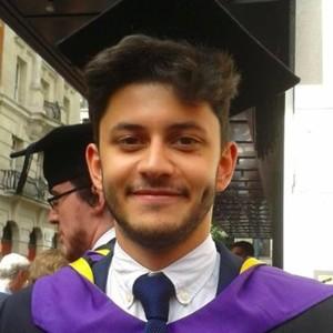 Jonathan - London : 1st Class LSE History graduate (London based