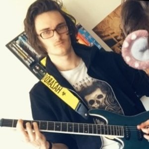 Nathan - Corfe Mullen,Dorset : Music student offering easy and