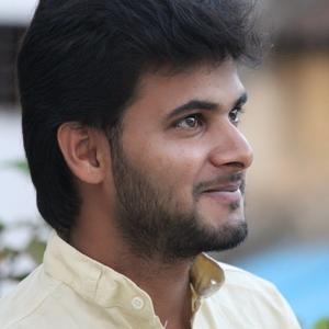 Chandan : Studeed in gookula, college in jnnc engineering