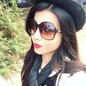Suchana Howrah Student Of Airhostess Giving You Fashion Knowledge Hair Styling Make Up Dress Up Shopping Etc