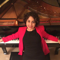 An accomplished concert pianist and a dedicated, experienced piano tutor based in Manchester.