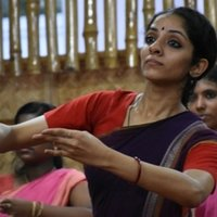 Hi I am Aparna. Willing to teach the practical and theoretical aspect of Bharatanatyam