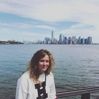 Archaeology student at the University If Glasgow specialising in history, English, philosophy and biology.