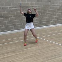 Badminton training for beginners and intermediates, sharing key tips on how to progress in badminton