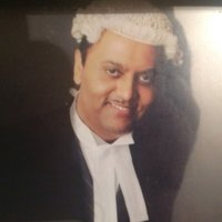 Barrister offering professional tutoring in Maths, English and Law for total success.