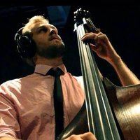 Bass, Guitar, violin and music theory lessons from classically train jazz musician in London