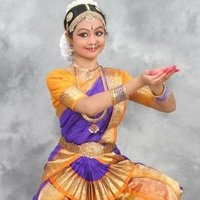 A Bharathnatyam dancer for 19 years who intends to teach this art classes for beginners and intermediate learners.