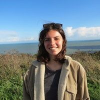 Biology graduate with a 1st from Oxford University, offering biology tutoring to all school-age students, and help with university applications