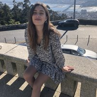 I'm 24, born in Porto, Portugal. I studied Translation in a university in London. Due to covid I have a lot of free time at the moment where I would love to be teaching my native language to whoever w
