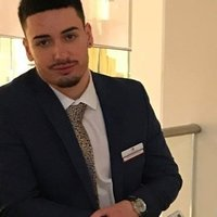 Business graduate offering lessons in all functions of business up to university level in London