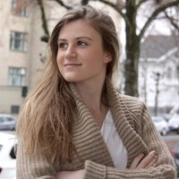 Business student with 7 years of tutoring experience gives French lessons worldwide