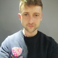 Coaching and sports development graduate specialising in fitness programs and nutrition advice.
