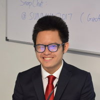 Communications student and ex-Tsinghua University outreach teacher offering functional and literary English lessons in London.