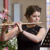Concert Flautist with many years of experience gives Flute and Saxophone lessons along with music theory at home
