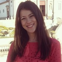 Dedicated Portuguese teacher with 6 years' experience offering lessons in person or online