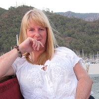 Dedicated South Wales 1-1 Dyslexia tutor with 23 years experience to children/students