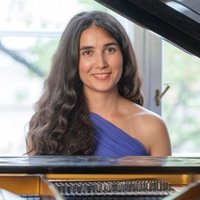 Awarded contemporary writing and production Berklee alumni offers lessons in music production in NW London
