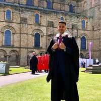 Durham Natural Sciences graduate offering lessons in maths and chemistry up to A level.