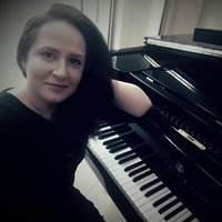 Educated, friendly, and patient piano tutor in Birmingham and area, able to find individual approach to every student!
