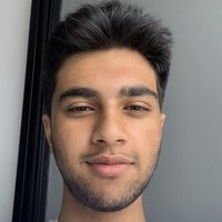 Engineering student from Queen Mary University offering physics and mathematics tutoring up to A-levels
