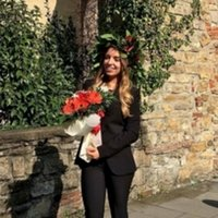 Hi! I'm an Erasmus Student from Italy and I'm graduated in Foreign Languages (Spanish and English). I have lived in Spain for one year and I'll be happy to help you with your Spanish!