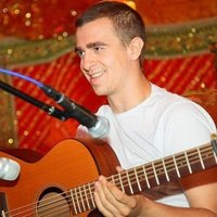 Experienced Acoustic, Fingerstyle and Percussive Lessons, beginner to advanced of all ages