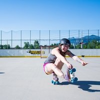 Experienced adult roller skate and inline skate instructor, specializing in teaching beginners