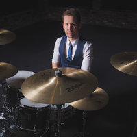 Experienced drum teacher offering private Drum Lessons in West London and online via Skype/Zoom