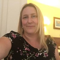 Experienced maths teacher offering tutoring to all ages and levels up to GCSE