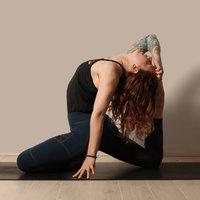 Experienced Qualified Yoga Instructor Available for 1-2-1 and Group Lessons in London
