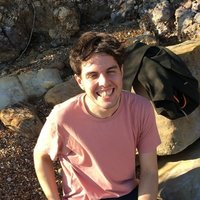 Experienced tutor and lecturer with a PhD, offering English lessons in Glasgow
