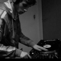 Experienced vinyl DJ  and music graduate, that aims to teach you how to mix with confidence in just 10 sessions, situated in Cheetham Hill, Manchester