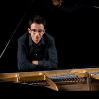 Experiencied teacher and concert pianist gives classical piano lessons at any level.