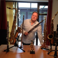 Expert tailored music tuition from a professionally qualified and experienced music teacher