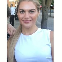 Female Finance Graduate offering GCSE Maths and Physics lessons in Cardiff UK