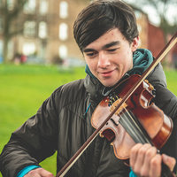 Fiddle player based in Glasgow offering beginner/intermediate tuition in Scottish and Irish styles