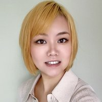 A financial working professional and native Chinese speaker, with Master degree, provides Chinese language lessons.
