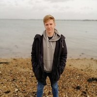 Former A-level maths and physics student offering maths and physics tutoring upto GCSE