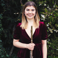 Freelance professional musician offering flute, piano and theory lessons in central London