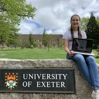 French-English student at the University of Exeter prepared to tutor in French or English language