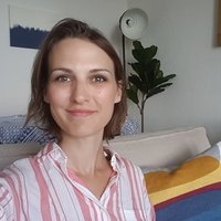 French native with tutoring experience offering online or face to face lessons around Bournemouth