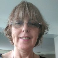Friendly and highly qualified ESOL teacher, with 30 years of experience :-)
