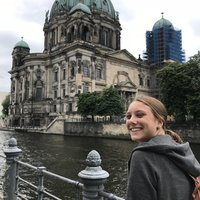German Au Pair, living in Hackney, teaching anyone, who is interested in improving their German skills :)