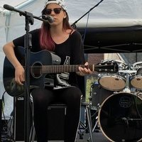 Guitar, Bass and Singing lessons, Hayle or near by, I have a level 2 music performance diploma and would teach casually and relaxed