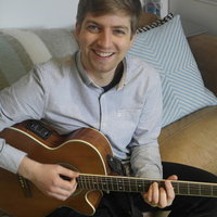 Guitar Lessons in South West London with Experienced and Fun Guitar Teacher
