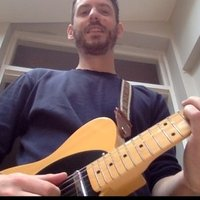 Guitar teacher in London - professionally trained - lessons online at the moment but in person when COVID is over :)