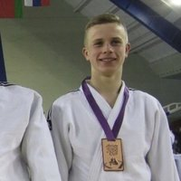Hi! I have been doing judo for my whole life, about 10 years, i have brown belt, looking forward to get black belt, have a lot winnings and medals from it, would be a pleasure to teach someone this sp