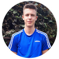 Hello I am Ash, an experienced LTA Level 3 tennis coach in Surrey!