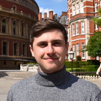 Hello! - My name's Harvey and I am an engaging and friendly graduate from Oxford University (Physics - First Class). -GCSE, -A-Level -Entrance Exams/Interview/Oxbridge + more